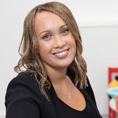 Dr Caroline Richards
